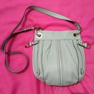 B Makowsky Excellent crossbody leather bag